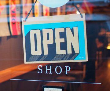 Licencia de apertura Barcelona para comercios, y supermercados
